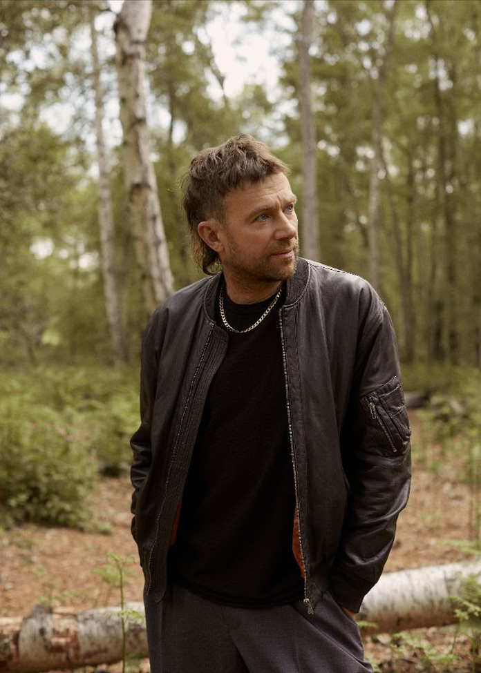 """Damon Albarn Shares New Song """"Royal Morning Blue"""" (Plus Watch a Live Performance Video)"""