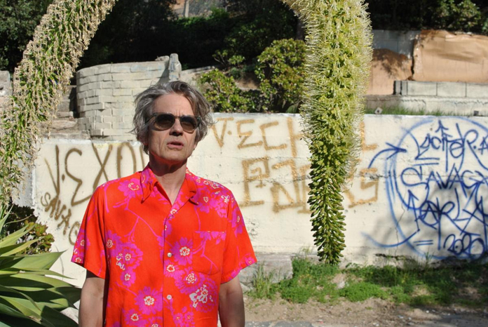 """Dean Wareham Shares Video for New Song """"Cashing In"""""""